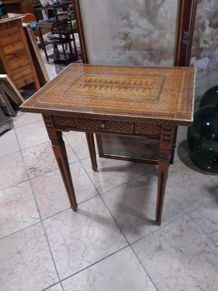 Tischchen Empire, Frankreich, Maße: 70 × 52cm